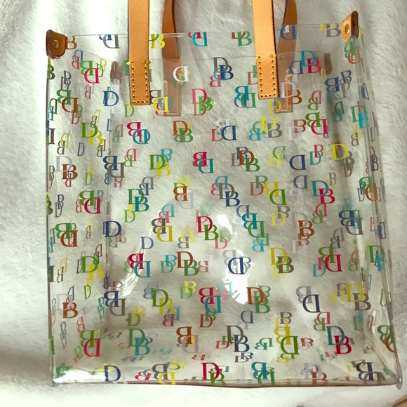 Dooney & Bourke Handbags - Dooney and Bourke small tote ❤️